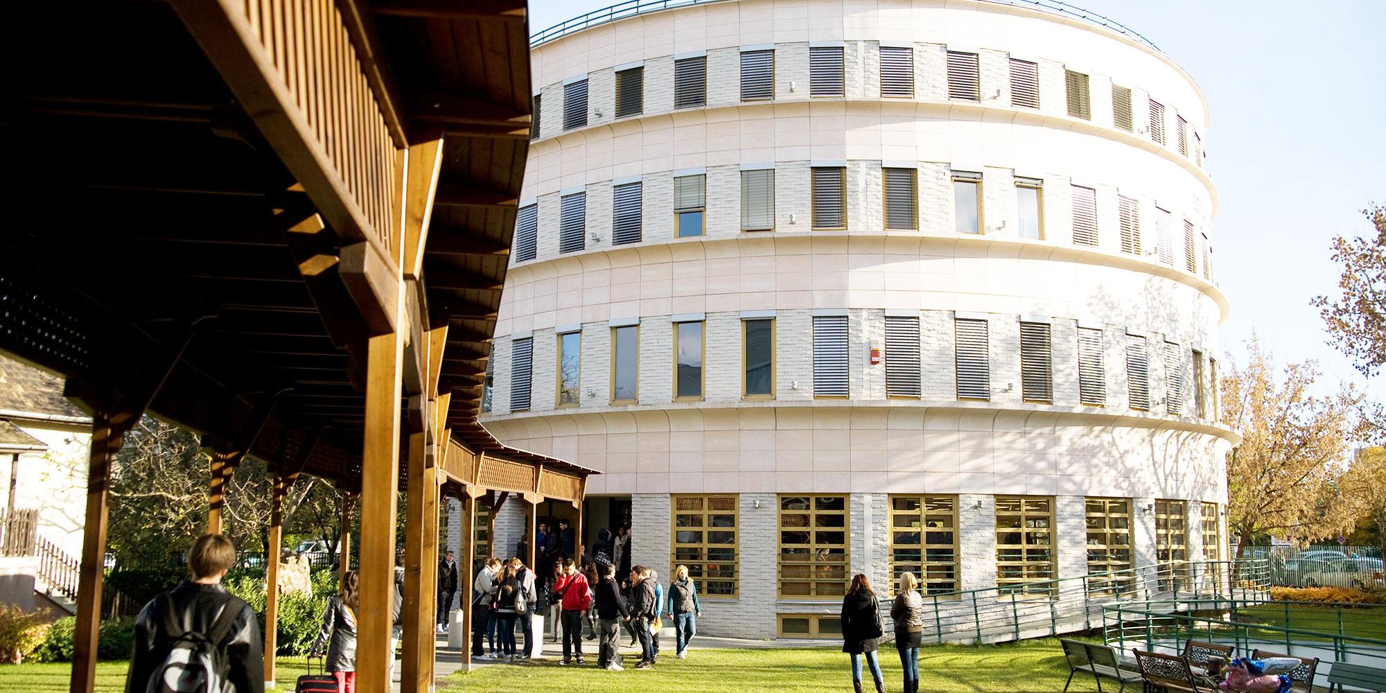 Budapest Metropolitan University